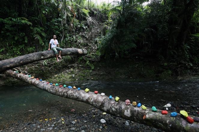 Jeffrey Feeger, peintre, Papouasie Nouvelle Guinée